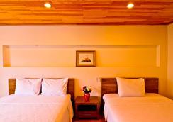 Hoang Loc Villa Hotel - Dalat - Kamar Tidur