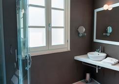 Birkin Luxury Rooms Villanova - Cagliari - Kamar Mandi