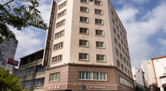 Citysuites-taichung Wuquan - Taichung - Building