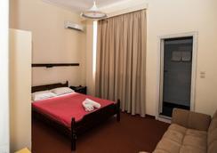 Byzantio Hotel - Kalamata - Kamar Tidur
