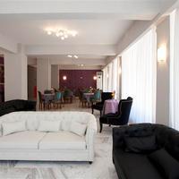 Byzantio Hotel Lobby