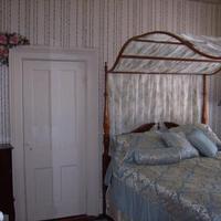 Roussell's Garden Bed & Breakfast Guestroom