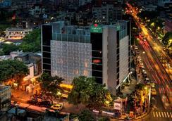 Jameson Inn Shiraz - Kolkata - Pemandangan luar