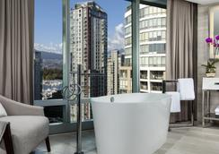 Trump International Hotel & Tower Vancouver - Vancouver - Kamar Mandi