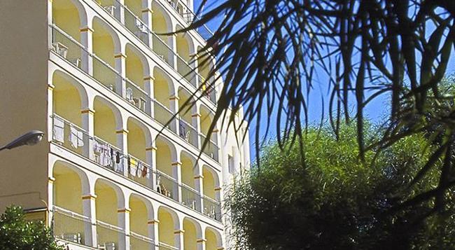 Hotel Central Playa - Ibiza - Building