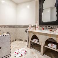 Hotel & Ryad Art Place Marrakech Bathroom