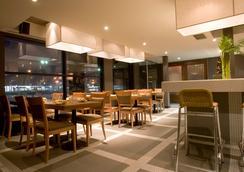Hôtel Ruby Foo's - Montreal - Restoran