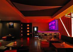 Sojourn - Kolkata - Bar