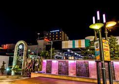 J Dream Hotel - Kota Jeju - Atraksi Wisata