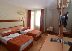Kleopatra Dreams Beach Hotel - Alanya - Kamar Tidur