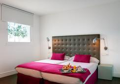 Hotel Intur Palacio San Martin - Madrid - Kamar Tidur