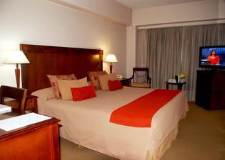 Reconquista Garden Hotel