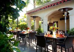 Anabella Hotel - Anaheim - Restoran