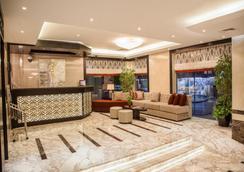 Xclusive Hotel Apartments - Dubai - Lobi