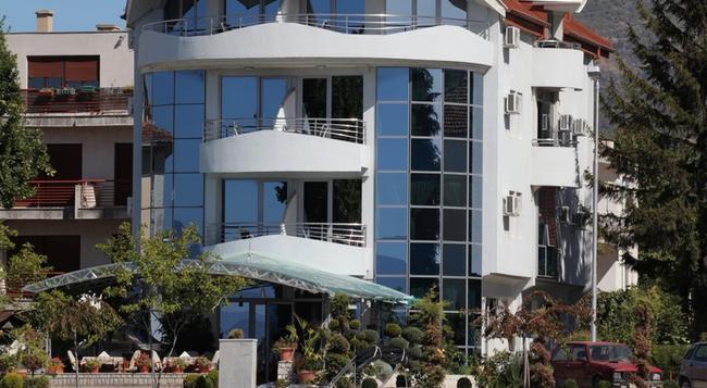 Hotel Denarius - Ohrid - Building