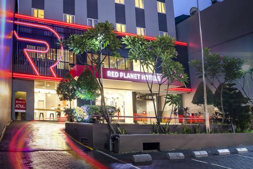 Red Planet Jakarta Pasar Baru - Jakarta - Bangunan