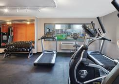 La Quinta Inn & Suites Chicago - Lake Shore - Chicago - Gym