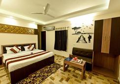 Hotel Mahima - Gwalior - Kamar Tidur
