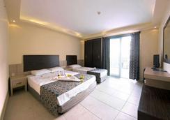 Arabella World Hotel - Alanya - Kamar Tidur