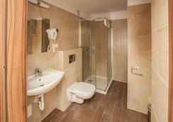 Pergamin Royal Apartments - Krakow - Kamar Mandi