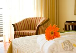 Puerto Antilla Grand Hotel - La Antilla - Kamar Tidur