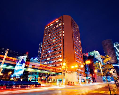 Bond Place Hotel - Toronto - Bangunan