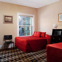 Hotel North Beach Guestroom