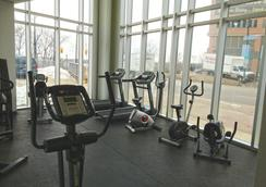 The Oakes Hotel Overlooking the Falls - Niagara Falls - Gym