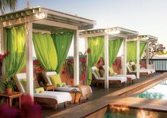 Ocean Key Resort - A Noble House Resort - Key West - Kolam
