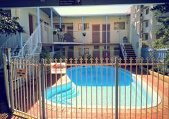 Hay Street Traveller's Inn - Perth - Kolam