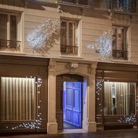 Seven Hotel Paris Exterior