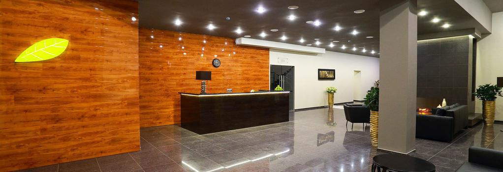 Garden Hotel & Spa - Cheboksary - Front desk