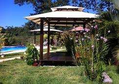 Lodge Margouillat - Tambor - Pemandangan luar