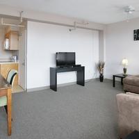 40 Berkeley Hostel Living Room
