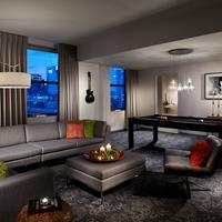 Hard Rock Hotel Chicago Guestroom