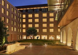 At&t Hotel & Conference Center At The University Of Texas