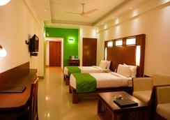Hotel Inderlok - Dehradun - Kamar Tidur