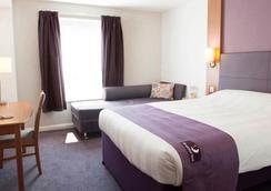 Premier Inn Bristol East (Emersons Green) - Bristol - Kamar Tidur