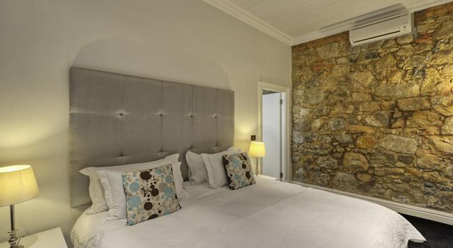 Three Boutique Hotel - Cape Town - Bedroom