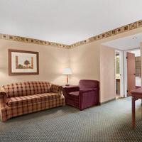 Embassy Suites by Hilton Colorado Springs Suite