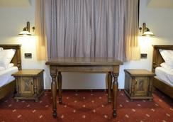 Hotel Castel Royal - Timisoara - Kamar Tidur