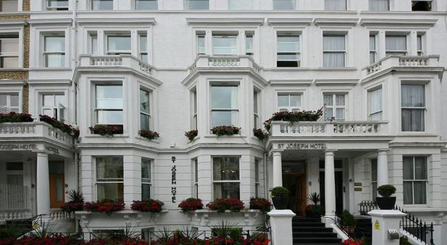 St Joseph Hotel - London - Building