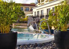 Porto Santa Maria Hotel - Funchal - Kolam