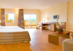 Hotel Rh Casablanca & Suites - Peniscola - Kamar Tidur