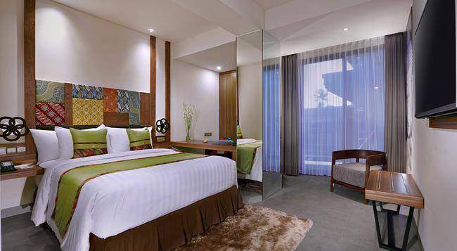 Vasanti Kuta Hotel - Kuta (Bali) - Bedroom