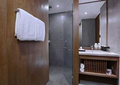 Vasanti Kuta Hotel - Kuta - Kamar Mandi