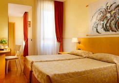 Hotel Aphrodite - Roma - Kamar Tidur