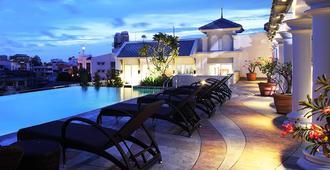 Chillax Resort - Bangkok - Kolam