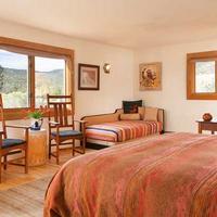 Bobcat Inn Bed and Breakfast Living Area