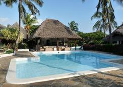Dorado Cottage Atlantis Club - Malindi - Kolam